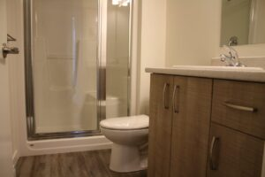rent apartment in midtown abbotsford